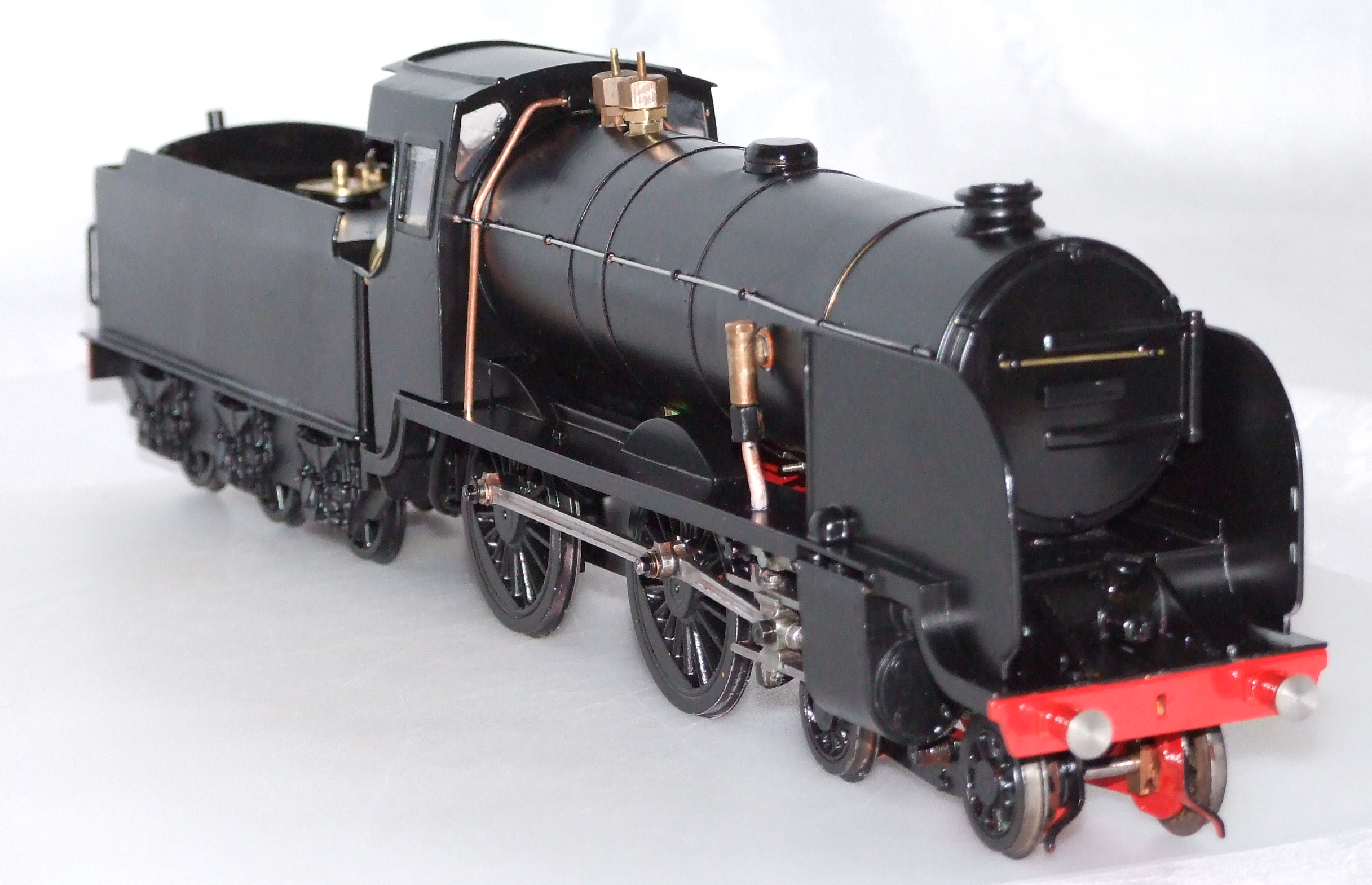 LBSC, Bat, O gauge, live steam, methylated spirit, Schools class, Southern Railway, Gauge 'O' Guild, 16mm, 16mm Society, REL Maunsell,